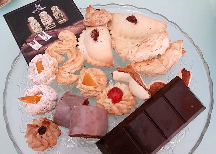 piatto di dolci