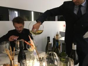 Una degustazione speciale con NOW Wines. Nella foto Francesco Previtera e il sommelier de i Pupi, Claudio Alessandro