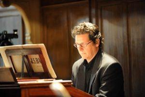 il Maestro d'Organo, Diego Cannizzaro, direttore artistico del Festival